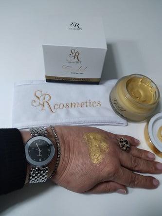 מסיכת זהב 24 K של SR קוסמטיקס