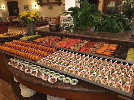 ארוחת ערב שבת מלון פסטורל כפר בלום