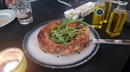 מאפה עגל מעולה עם שמן זית של משק אחיה
