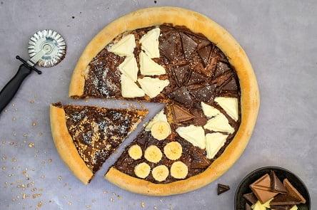 פיצה שוקולד ב 3 צבעים (צילום: גלי איתן)