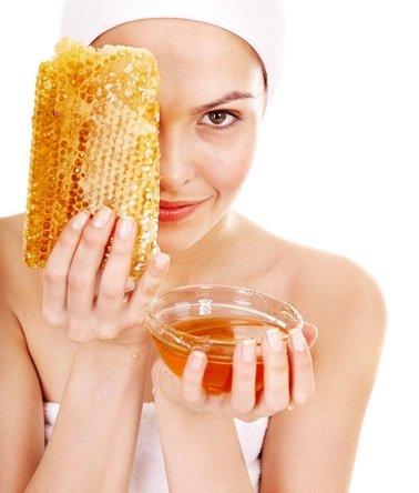 מסיכת דבש לפנים זוהרות