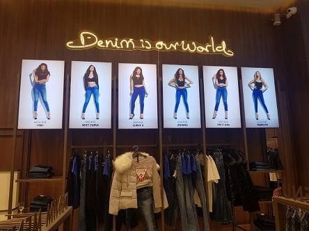 הג'ינס של GUESS