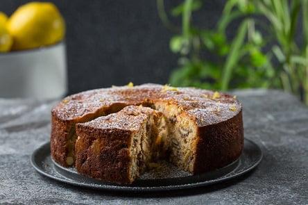 מתכון – עוגה בחושה עם המון פירות יבשים
