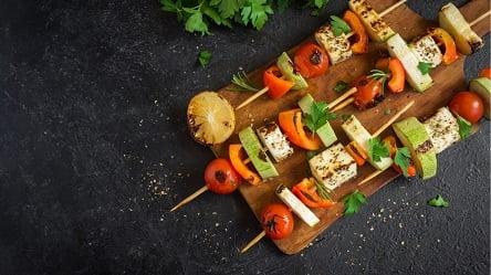 """חלי ממן - שיפודי ירקות טופו (צילום: באדיבות יח""""צ)"""