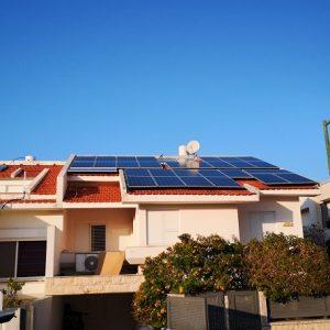 """מערכת אנרגיה סולרית ביתית של חב' אנרפוינט (צילום: באדיבות יח""""צ)"""