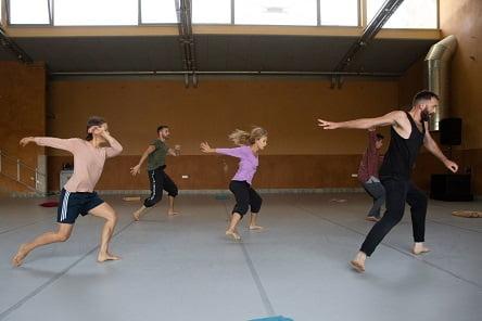 קורס קיץ עם רקדני להקת מחול ורטיגו
