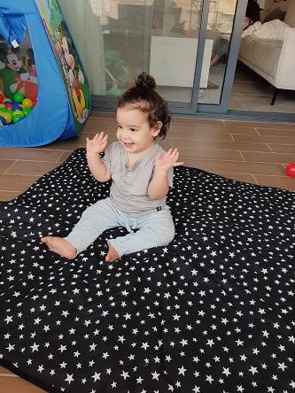 עצמל'ה מציעה שמיכות פעילות מקסימות לתינוקות!