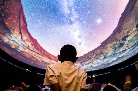cinemax 360 קולנוע בתל אביב (צילום: fulldome.pro)