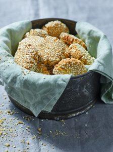 עוגיות טחינה ושקדים (צילום: דן פרץ)