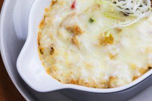 פשטידת פוזילי עם גבינות (צילום: FREEPIK)